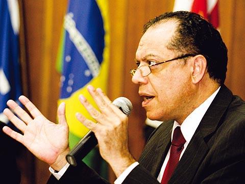 Oliva acredita que o apoio da atual reitora foi um ponto forte de sua campanha (foto: Yuri Gonzaga –– 8/10/2009)