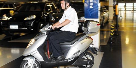 Modelo de scooter que será utilizada pela Guarda Universitária (foto: Divulgação)