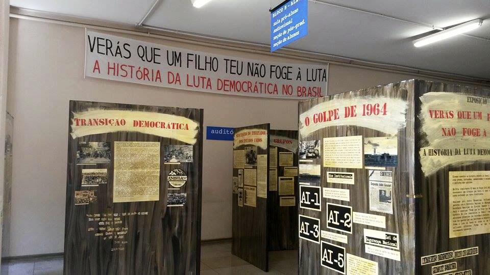 Exposição na Faculdade de Educação aborda influência estudantil nos movimentos sociais do país desde 1964
