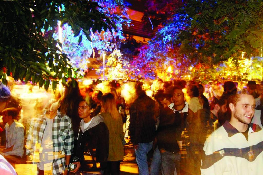 Festa realizada na Prainha da ECA em 2014: eventos ocorriam sem necessidade de autorizações | Fotografia: ECAtlética