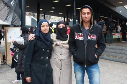 Refugiados sírios vão à Europa fugindo da guerra em seu país de origem (Foto: Rafaela Carvalho)