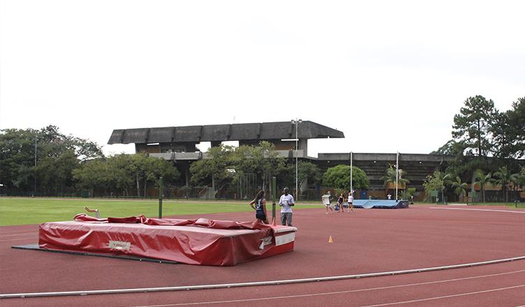 Pista do CEPEUSP será utilizada pelas equipes de atletismo em treinamento pré-jogos (foto: Daniel Tubone)
