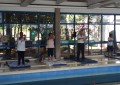 Idosos se exercitam no Centro de Práticas Esportivas (CEPE) no campus Butantã. (Foto: Felipe Marquezini)