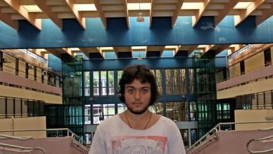 Lucca Palmieri, aluno de Ciências Sociais, deixou a Astronomia por não conseguir diversificar a grade (Foto: Luiza Queiroz)