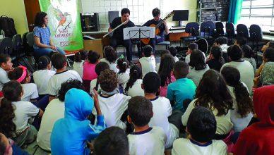 O Projeto Sabiá realiza diversas atividades com alunos da rede pública de ensino. Crédito: Projeto Sabiá/ Divulgação